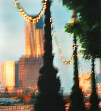 Rachel Lever LONDON RIVERSIDE CITYSCAPE Specific Cities/Towns