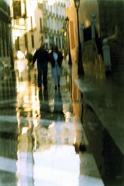 Rachel Lever COUPLE WALKING IN CITY Couples