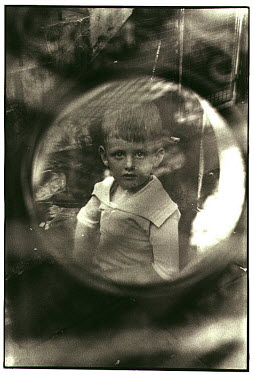 David Gibson BOY THROUGH MIRROR Children
