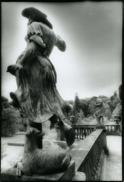 Michael Trevillion STATUE PF SHEPHERD AND LAMP Statuary/Gravestones