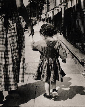Michael Trevillion GIRL HOLDING MOTHER'S HAND Groups/Crowds