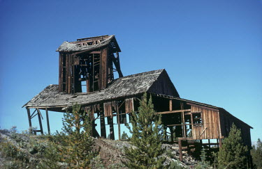 Bruce Chatwin DERELICT MINE IN AMERICA Miscellaneous Buildings