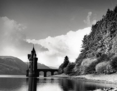Michael Trevillion TOWER BY LAKE Miscellaneous Buildings