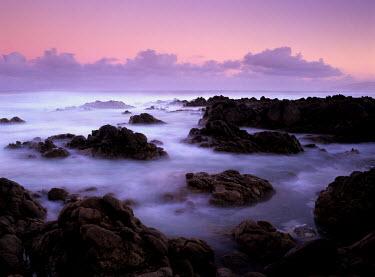 Guillaume Simioni ROCKY SHORELINE Seascapes/Beaches