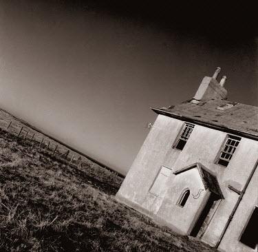 Colin Thom Houses