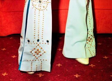 Andrew Lever MAN IN AMERICAN ELVIS TROUSERS ON RED CARPET Body Detail
