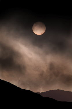 Edward Jones SILHOUETTE OF HILL WITH FULL MOON Rocks/Mountains