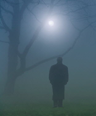 Ilona Wellmann MAN STANDING IN FOG Men