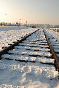 Michael Trevillion RAILWAY TRACK IN SNOW Railways/Trains