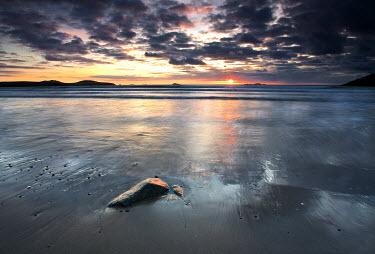 Mari Owen Seascapes/Beaches