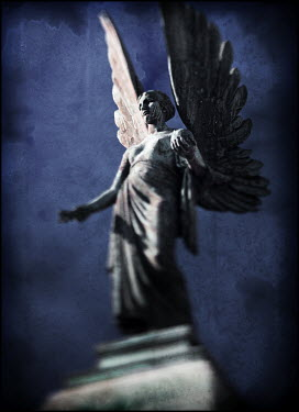 Mark Sadlier ANGEL STATUE Statuary/Gravestones