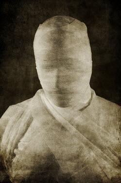 Mohamad Itani MUMMIFIED BODY Men