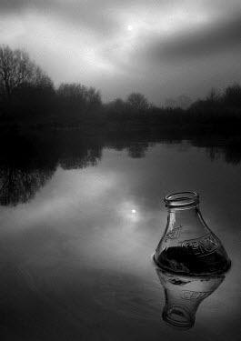 Andy Wilson GLASS BOTTLE IN LAKE Lakes/Rivers