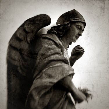 Peter Izarik Statuary/Gravestones