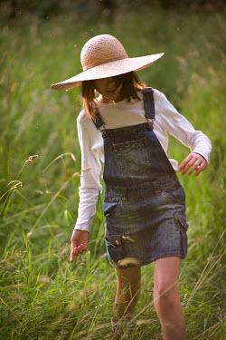 Lee Avison GIRL IN LONG GRASS FIELD Children