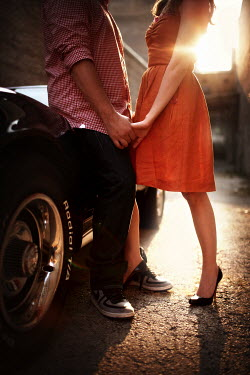 Robert Swiderski COUPLE BY CLASSIC CAR Couples