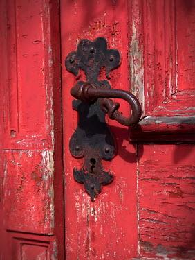Ilona Wellmann RUSTY DOOR HANDLE Building Detail
