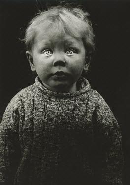 Andrew Davis BABY IN JUMPER Children