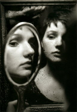 Daniel Murtagh WOMAN REFLECTED IN MIRRORS Women