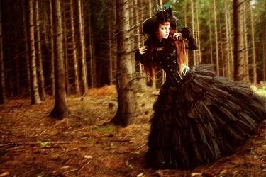 Viona Ielegems WOMAN IN FOREST Women
