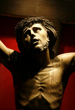 Ilona Wellmann RELIGIOUS STAUTE OF CHRIST Statuary/Gravestones