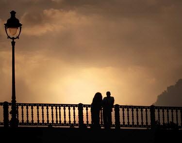 Laura Franco MAN AND WOMAN ON BRIDGE Couples