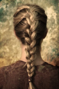 Ricardo Demurez BLONDE GIRL WITH PLAITED HAIR Women