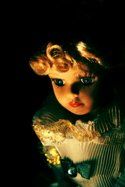 Dave Curtis BLONDE DOLL WITH BLUE EYES Miscellaneous Objects