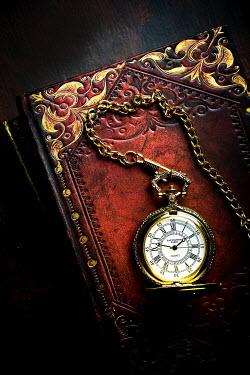 Valentino Sani LEATHER BOOK AND POCKET WATCH Miscellaneous Objects