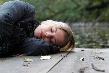 Tom Meadow Blond woman sleeping outside Women