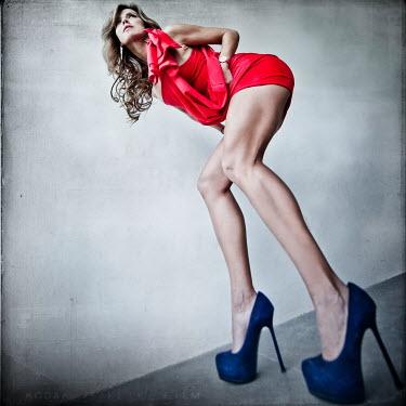 Vanesa Munoz BLONDE WOMAN RED DRESS BLUE HEELS Women