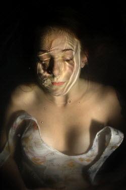 Stephen Carroll WOMAN UNDERWATER Women