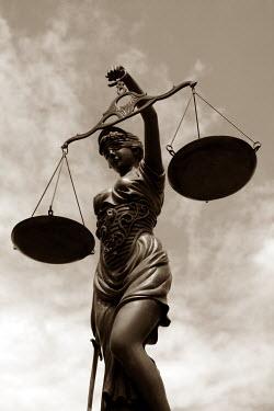 Ilona Wellmann STATUE OF JUSTICE Statuary/Gravestones