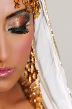 Mohamad Itani MIDDLE EASTERN WOMAN WITH HEADDRESS Women