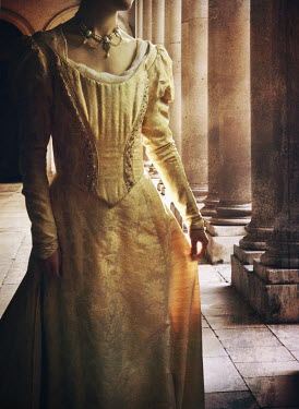 Mark Owen Woman in colonnade Women