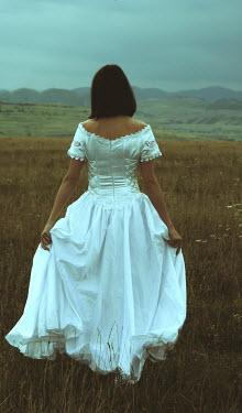 Ilona Wellmann WOMAN IN WHITE DRESS Women