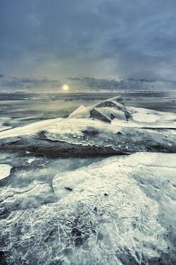 Elisabeth Ansley ICY LANDSCAPE Snow/ Ice