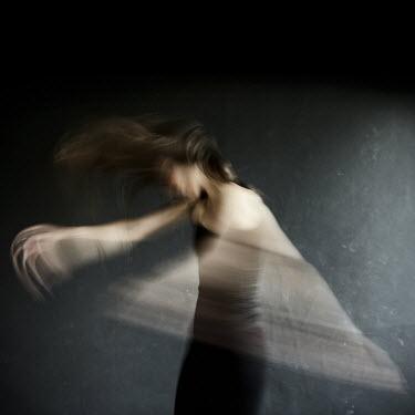 Karolina Wolynszczak girl dancing Women