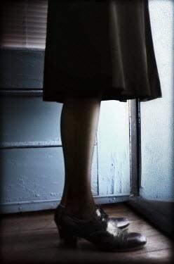 Gary Isaacs WOMAN'S LEGS Women