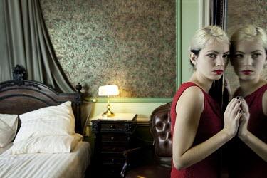 Yolande de Kort Woman in bedroom Women