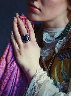 Malgorzata Maj WOMAN PRAYING WITH JEWELLERY Women