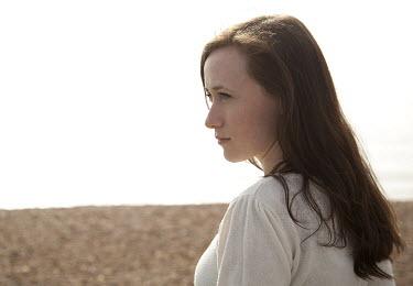 Lauren Leake-Lyall PROFILE OF GIRL BY BEACH Women
