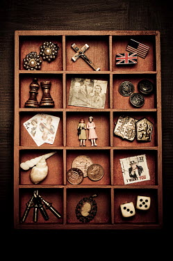 Valentino Sani DRAWER OF OBJECTS Miscellaneous Objects
