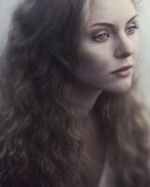 Karolina Kumorek PRETTY BLONDE WOMAN THINKING Women