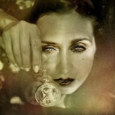 Marta Orlowska FACE OF WOMAN WITH WATCH Women