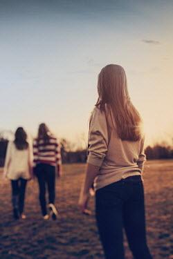 Elisabeth Ansley THREE GIRLS IN SUNLIT FIELD Children