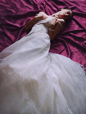 Malgorzata Maj DEAD WOMAN IN WEDDING DRESS Women