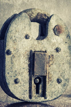 Mohamad Itani OLD RUSTY PADLOCK Miscellaneous Objects