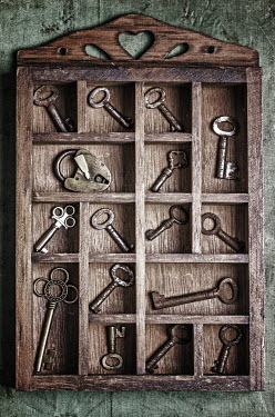 Mohamad Itani WOODEN COMPARTMENTS WITH KEYS Miscellaneous Objects