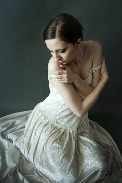 Agnieszka Kielak WOMAN SITTING IN WHITE DRESS Women